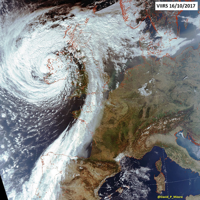 Figure 4. VIIRS visible channel image of North-West Europe at ~13:30 UTC on 16/10/2017 when many people in the UK were reporting yellow skies and a red sun.